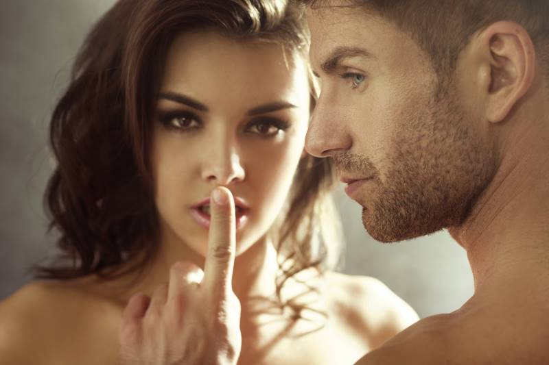 Alpha Male Mysterious Attracting How Woman