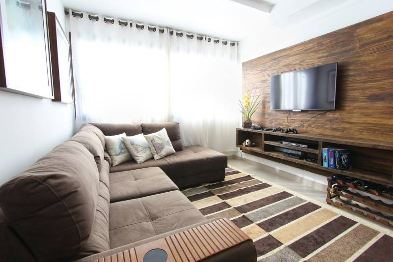 Man Apartment Clean Ready For Woman