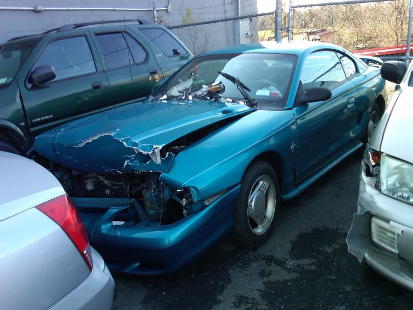 Crashed Mustang No Woman Now