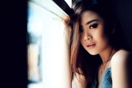 Attractive Woman Create Attraction